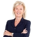 Lorie Felling Real Estate Agent at Remax Realty Centre
