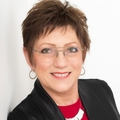 Debra Oman Real Estate Agent at Re/Max House of Brokers