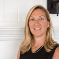 Elizabeth Bone Real Estate Agent at South Shore Sotheby's International Realty