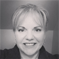 Robyn Porter Real Estate Agent at W.c. & A.n. Miller, Realtors, A Long & Foster Co.