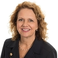 Janis Powers Real Estate Agent at Edina Realty, Inc.