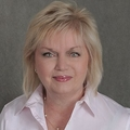 Shelly Franklin Real Estate Agent at Long And Foster-Yardley
