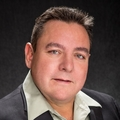 Giovanni Carmona Real Estate Agent at United Realty Group
