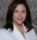 "Faye Jones Real Estate Agent at ReMax Experts ""each office independently owned and operated"""