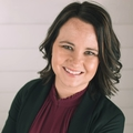 Amanda Beach-Starcher Real Estate Agent at The White Birch Agency, Realty Executives of KC