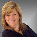Karen Glowacki Real Estate Agent at Berkshire Hathaway HomeServices Gross & Jansen, REALTORS