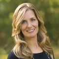 Sara Broyles Real Estate Agent at Mel Foster Co. Bettendorf