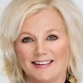 Mary Smith Real Estate Agent at Re/max Signature