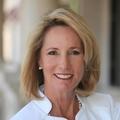 Barbara Hill Real Estate Agent at Lang Realty