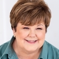 Yvonne Hoffmann Real Estate Agent at Reliance Residential Realty