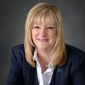 Lisa Lyon Real Estate Agent at RE/MAX Capital City