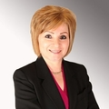 Mona Attar Real Estate Agent at Dynasty Real Estate